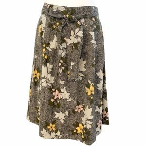 Banana Republic Petite Floral Pleated Skirt Size 6